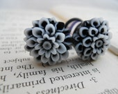 Prom Plugs, Flower Plugs, Mums, Pretty Blossoms in Black