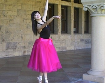Fuchsia pink tulle tutu skirt for women.  Ballet glamour. Retro look tulle skirt.