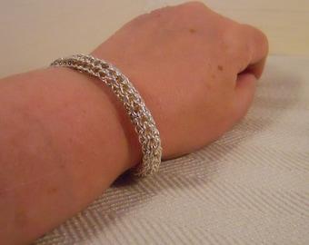Loop in loop Bracelet, Fine Silver Etruscan / Roman Chain, Metalwork  (FSB-208)