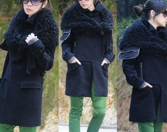 New black fleece coat