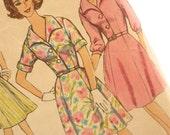 Simplicity 4478 Mad Men 60s Vintage Dress Pattern: Bust 43