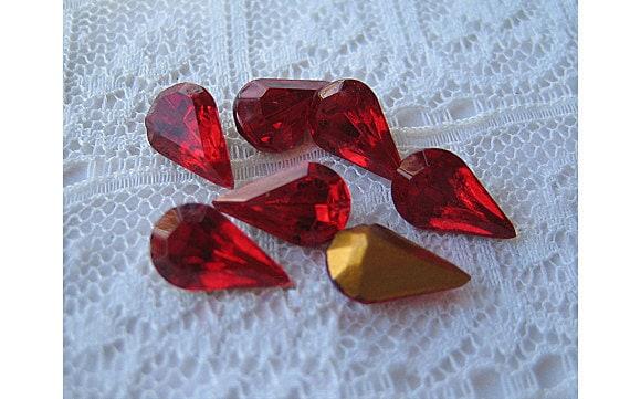 Siam Red 10x6 Swarovski Rhinestone Pear, Vintage Glass Qty 6