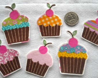 12 Cupcakes Frosted No Sew Iron On Appliques Cotton Flannel Patches Retro
