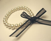 ClassyClassic pearl and ribbon bracelet Great for bridesmaids giftsets