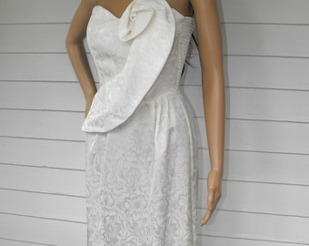 80s White Mini Dress Prom Formal Open Back One Shoulder XS Vintage 1980s