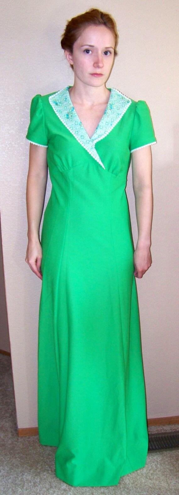 Green 70s dress dolly retro apple maxi eyelet floral collar s for Apple green dress shirt