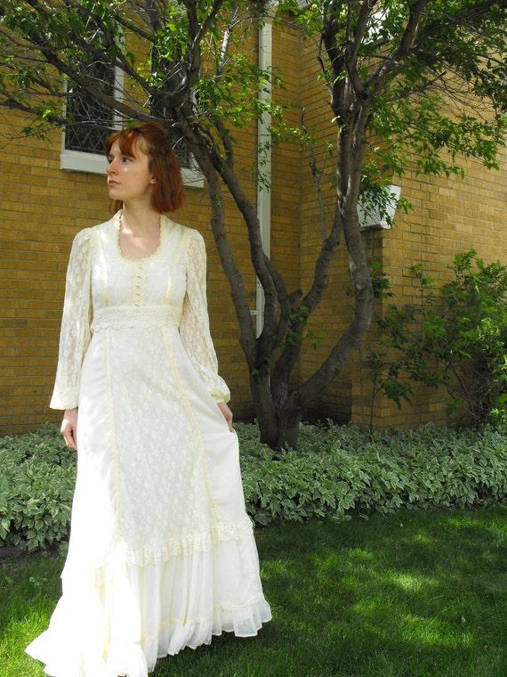 Vintage 70s Gunne Sax Dress Ivory Cream Prairie Hippie Full Lace Empire Boho XS 7