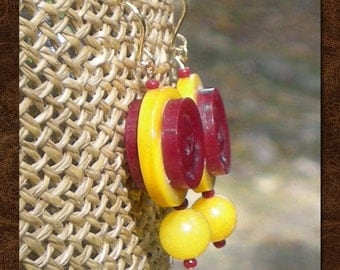 Drop Earrings - Red and Yellow Earrings - Vintage Buttons - Mod Earrings - Vintage Button Earrings - Red and Yellow - Annipalooza - R62