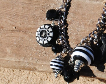 Charm Bracelet - Vintage Buttons and Bakelite Bracelet - Black and White Vintage Charm Charm Bracelet - Upcycled Jewelry - R45