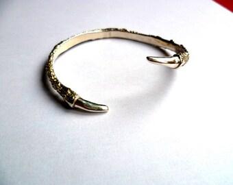 Talon bracelet bronze, matt finnished or Antiq black