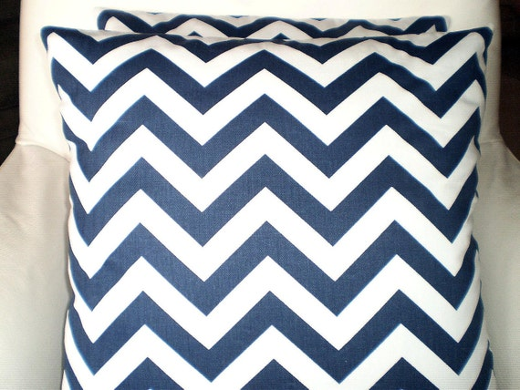 Navy Blue White Chevron Pillow Covers, Decorative Throw Pillow, Cushions, Navy White Chevron Zig Zag, Pillows for Couch Bed, Various Sizes