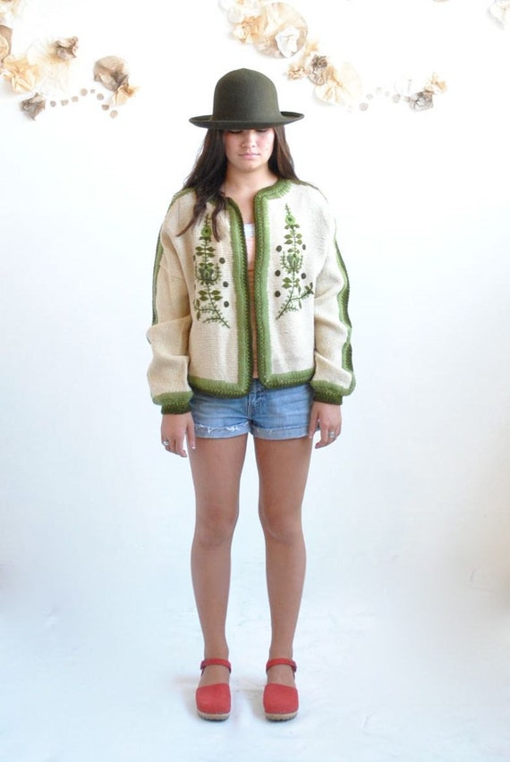 SALE... Embroidered Cardigan //  Nordic Cardigan  // THE PIPPI