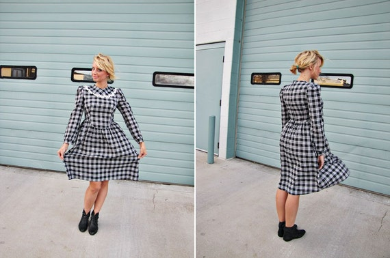 Store-Closing SALE!!  Beautiful Vintage Navy and White Plaid Dress