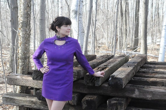 SALE...1960's MINI DRESS / Tunic in Purple with Cut Out Beaded Neck Size Medium