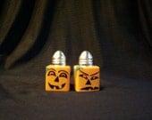 Jack-O-Lantern Glass Salt and Pepper Shakers Hand-painted Pumpkin Halloween Salt & Pepper Shakers by Lisa Hayward