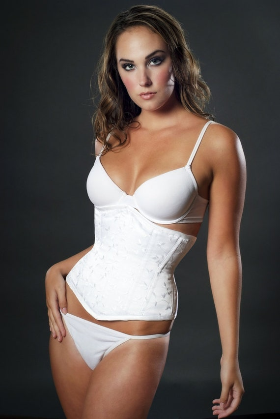 Meschantes Embroidered White Satin Etoile Bridal Underbust Corset
