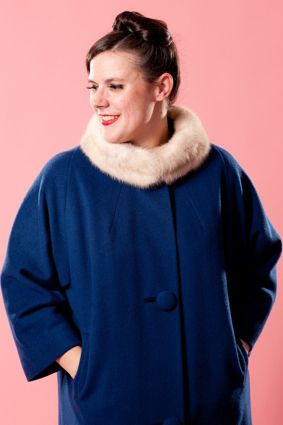 Vintage 1960s Coat Blue Wool Union Made Mink Fur Collar Winter Fashions