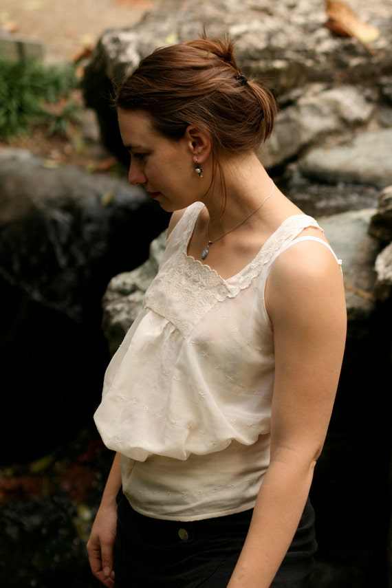 Pre-Raphaelite shirtwaist