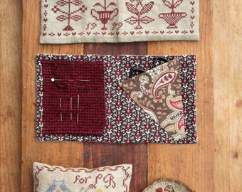 Tokens of Affection (4 Little Valentine Samplers) : Cross Stitch Pattern by Heartstring Samplery