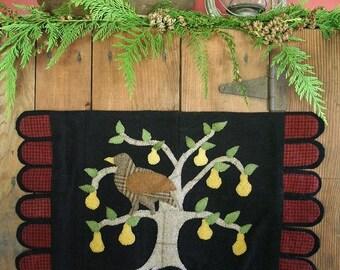 A Partridge in a Pear Tree (Wool Applique Pattern)