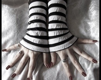 Wake the White Queen Wristlets - Black White Ruffled Stripes Lace - Dark Tribal Bellydance Cabaret Alice Vampire Carnival Circus Rococo Goth