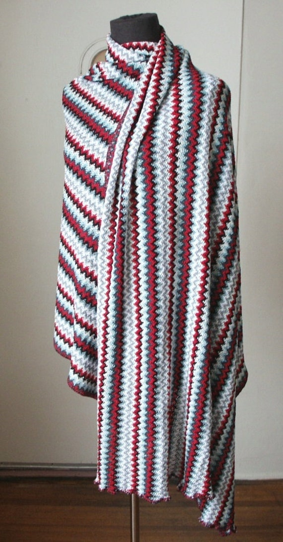 Vintage 80's Scarf or Wrap, Bold Zig Zag Stripes, Red, Black, White Gray, Stretchy Knit