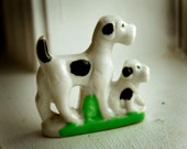 Dog and Pup Vintage Figurine / Mom and Child / Black / White / Green