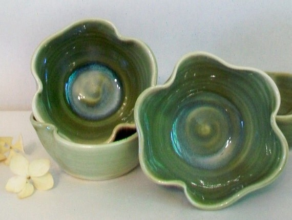 Wedding Favor Shamrock Bowls - 10, Handmade, Shades of Green -  Shower Favors, Table Setting Decoration, Good Luck, Irish - Made to Order