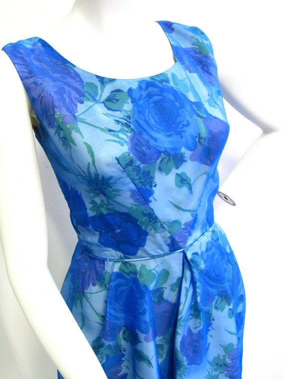 """1950's Bright Blue Floral Dress with Bow 25"""" Waist"""