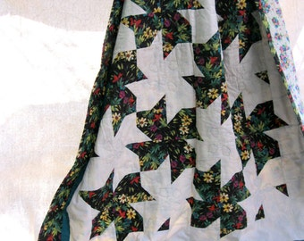 vintage quilt.throw.blanket.cotton.black.green.tropical.sofa.couch.floral.HANDMADE.stars.tessiemay