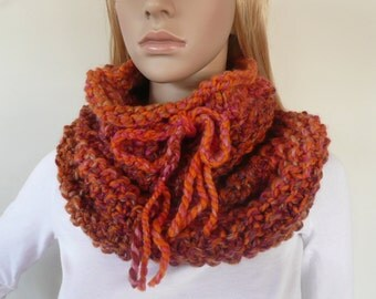 Chunky cowl scarf Infinity scarf Coral Cowl unique winter fashion