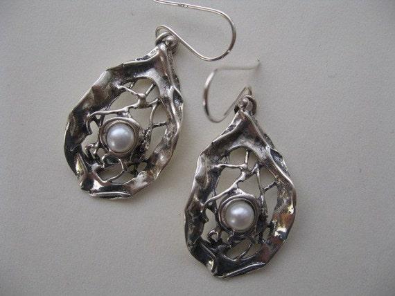 White Pearl Earrings Organic Silver Dangle Bridal Jewelry EThnic Earrings