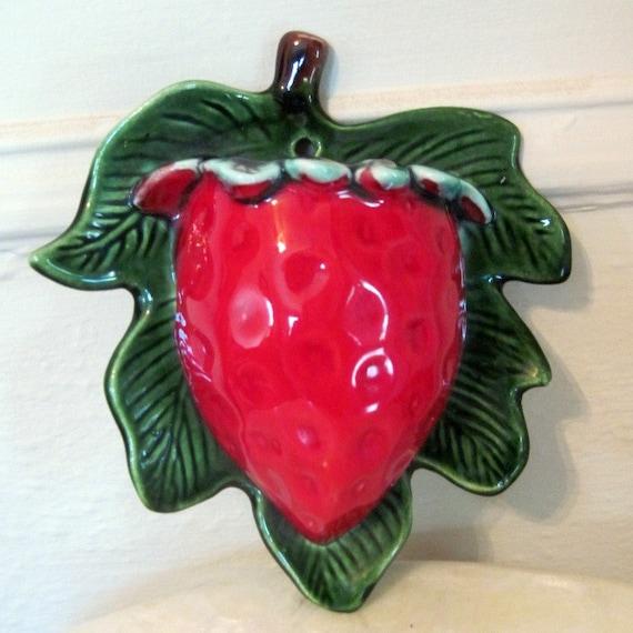 Vintage Ceramic Strawberry Wall Pocket - Sweet Summer Fruit - Retro Kitchen Decor