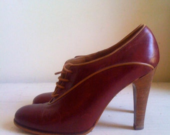 cherry red oxfords - size 7M