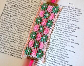 Vintage inspired beaded bracelet/vintage lace/pink green tube beads