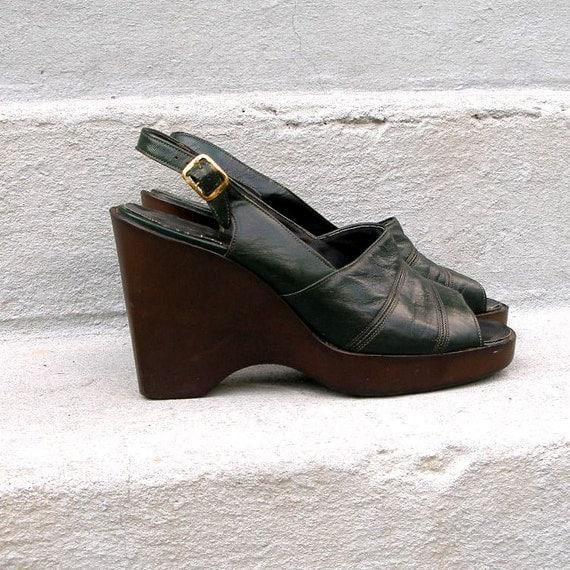 1970s platform shoes vintage 70s wedges by lookagainvintage