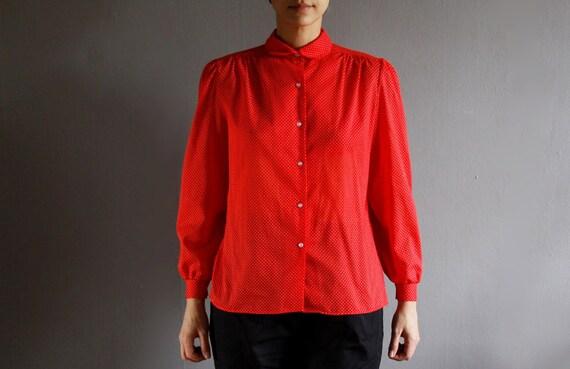 red swiss dot blouse m / l