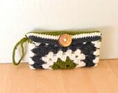 Crochet Wallet Pattern Granny Square Wristlet Clutch Pattern PDF Pattern DIY Beginner