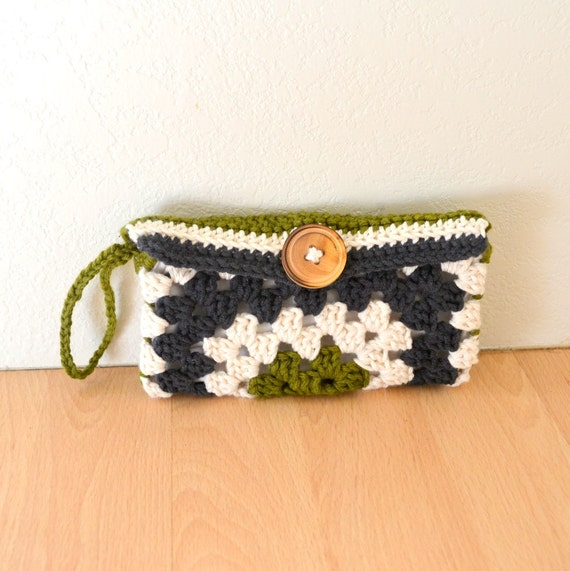 Crochet Wristlet Purse Pattern : Crochet Wallet Pattern Granny Square Wristlet Clutch Pattern PDF ...