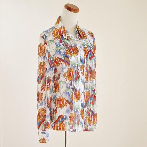 Vintage Blouse -- 70's Retro Floral Button Down -- Large