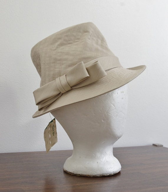 Reserved for Sandra // Vintage Womens Fedora Hat -- 60s Hat -- Tan Beige Quilted Silk Hat -- Small