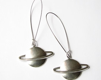 saturn earrings - silver - large