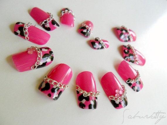 Pink Leopard and Chain 3D Nail Art pink nail tips acrylic tips nail art fake nails design simple body animal print
