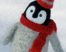 PATTERN-BOOKLET. A Knit & Felt Wool Penguin Chick Pattern