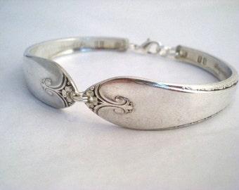 Spoon Bracelet, FREE ENGRAVING, Bridesmaid Bracelet, Silver Bracelet, Bridal Jewelry, Vintage Wedding, Silverware Jewelry - EXQUISITE 1940