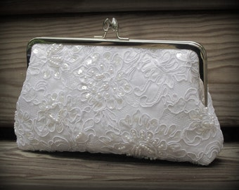 Pretty In Pearls Kisslock: Lace Clutch (White or Ivory bridal clutch)- Wedding Purse- Pearl Clutch