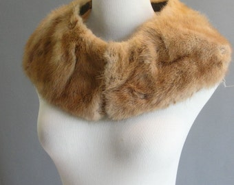 Vintage 1960s Brown Mink Fur Collar