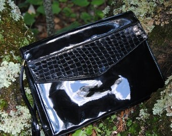 Vintage 1980's Glossy Black Patent Leather Purse with Snakeskin Pattern