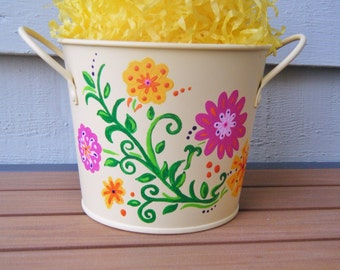 Decorative Metal Pail, Personalized Easter Bucket with Spring Flowers - Hand Painted OOAK, gift basket, pen holder, pail