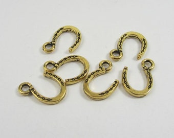 6 Tierracast Gold Horseshoe Charms